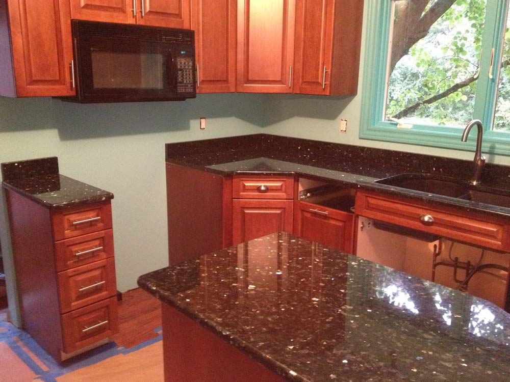 Classic Granite Works Kitchen Countertops